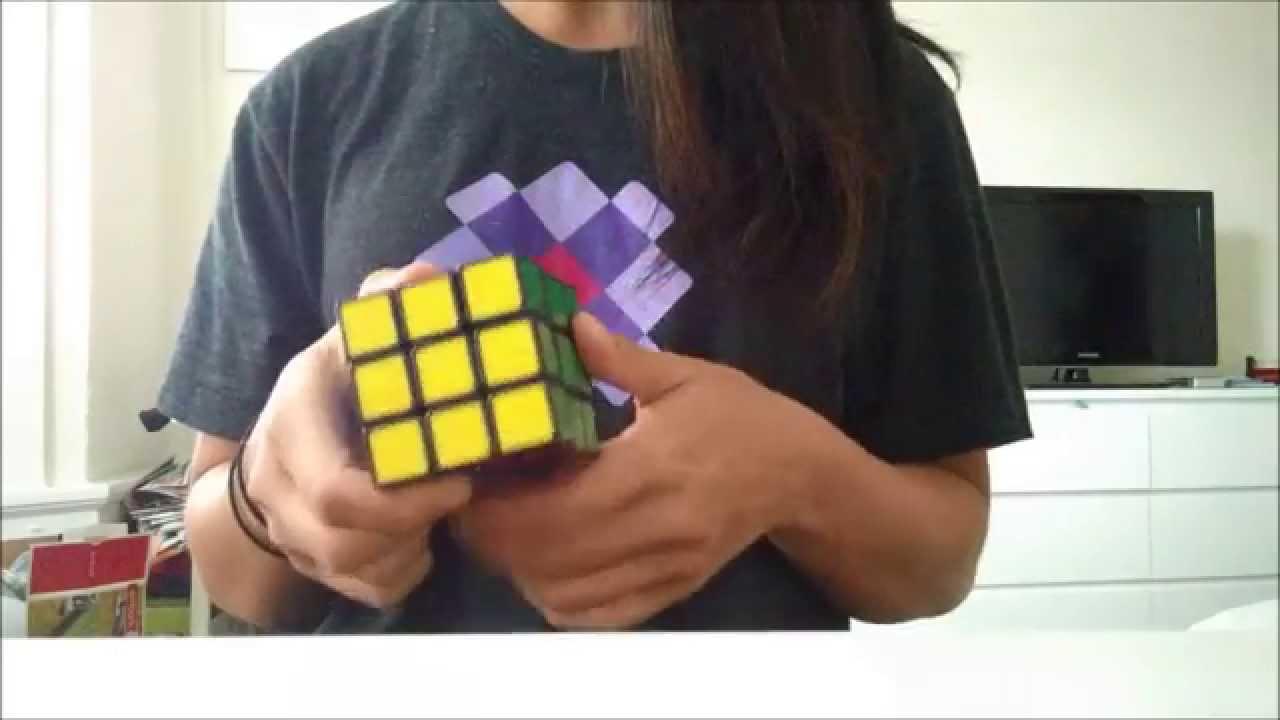 rubiks-cube-bikini-girl