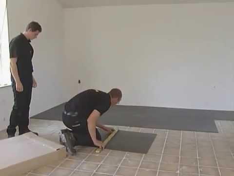 MAGNUM elektrische vloerverwarming foil installatie video - YouTube