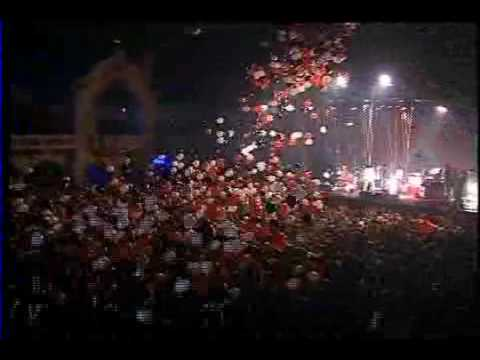 The White Stripes and the Flaming Lips (Live New Years Eve)