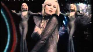 Bob Sinclar & Raffaella Carra - Far L'Amore Official Video HD