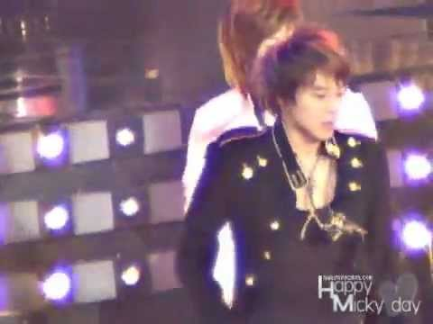 07 Happy Micky Day - O