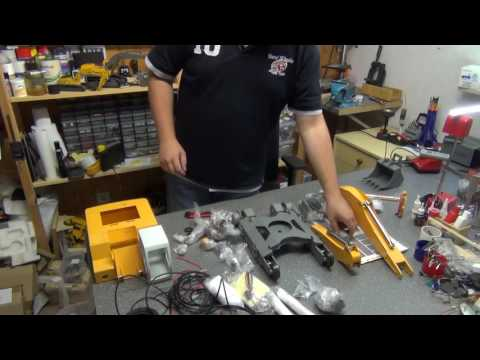 Unboxing RC Liebherr 954 from RCBRMIN