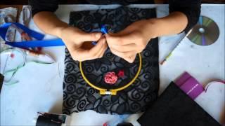 Вышивка цветов из атласных лент(Вышивка цветов из атласных лент Видео мастер-классы от разных мастеров по различным видам рукоделия помог..., 2015-04-14T18:21:52.000Z)