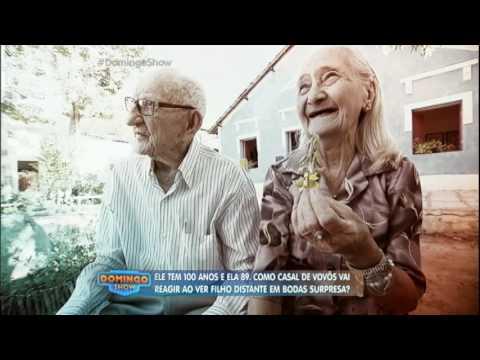 Casal de idosos que vive no sertão ganha festa ao completar 65 anos de união