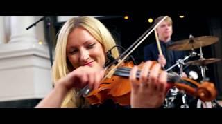 Skara Ceilidh Band: Strip the Willow
