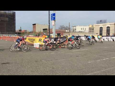 Red Hook Crit Brooklyn 2017 Last Chance Qualifier Heat