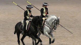 АНДАЛУЗСКИЕ #лошади - ТАНЕЦ испанских пастухов #АНДАЛУЗЫ #Иппосфера 2019 Пони ферма ИДАЛЬГО