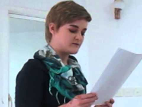 Center for International Learning student recites Arabic poetry in Muscat, Oman