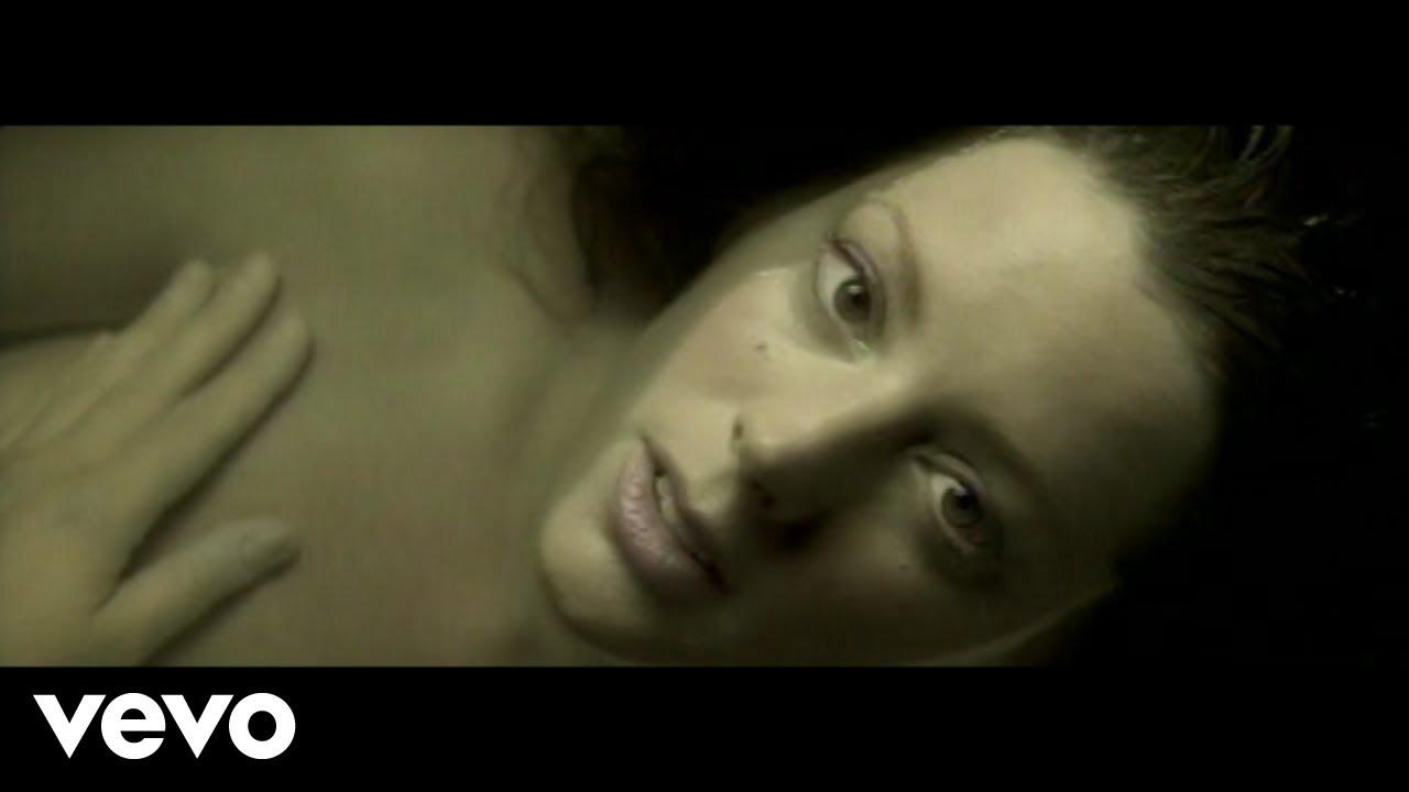 Download Sarah McLachlan - Fallen (Official Video)