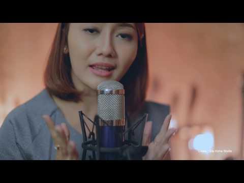 Depang Tiang Bagia (acoustic cover) by Putri Bulan