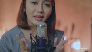 Download lagu putribulan depangtiangbagia Depang Tiang Bagia by Putri Bulan MP3