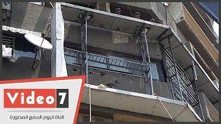 بالفيديو.. حى العجوزة يزيل الإعلانات المخالفة المطلة على كوبرى أكتوبر