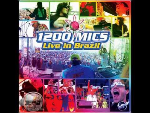 1200 Mics - Live in Brazil