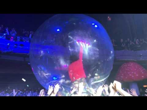 Space Oddity – The Flaming Lips – Riviera Theatre Chicago April 2017