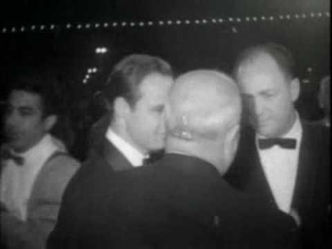 Marlon Brando is Sexxxyyy