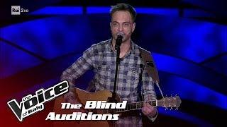 "Ferdinando Vega ""Strange world"" - Blind Auditions #4 - The Voice of Italy 2018"