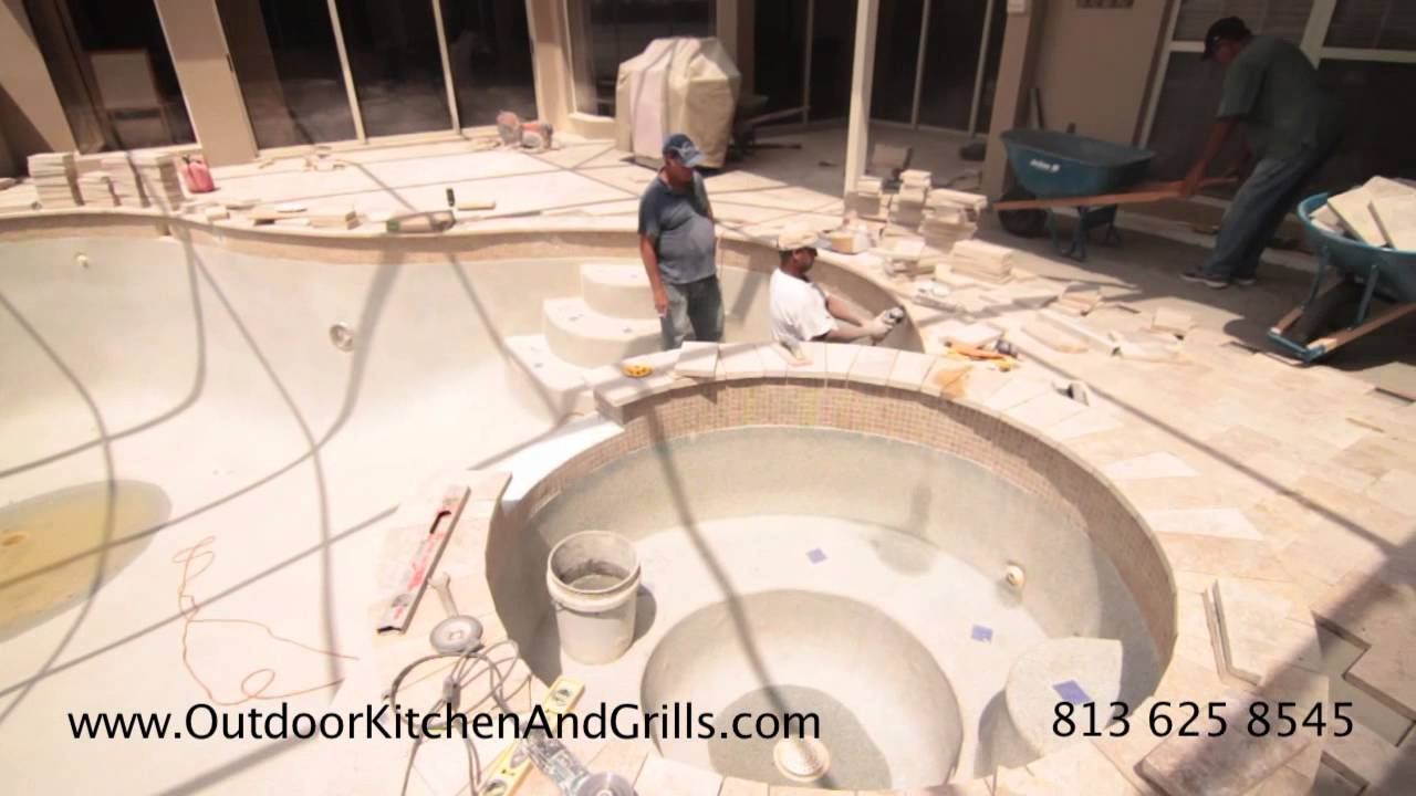Travertine Tile For Kitchen Outdoor Kitchen With Travertine Tile Travertine Paver Pool Deck