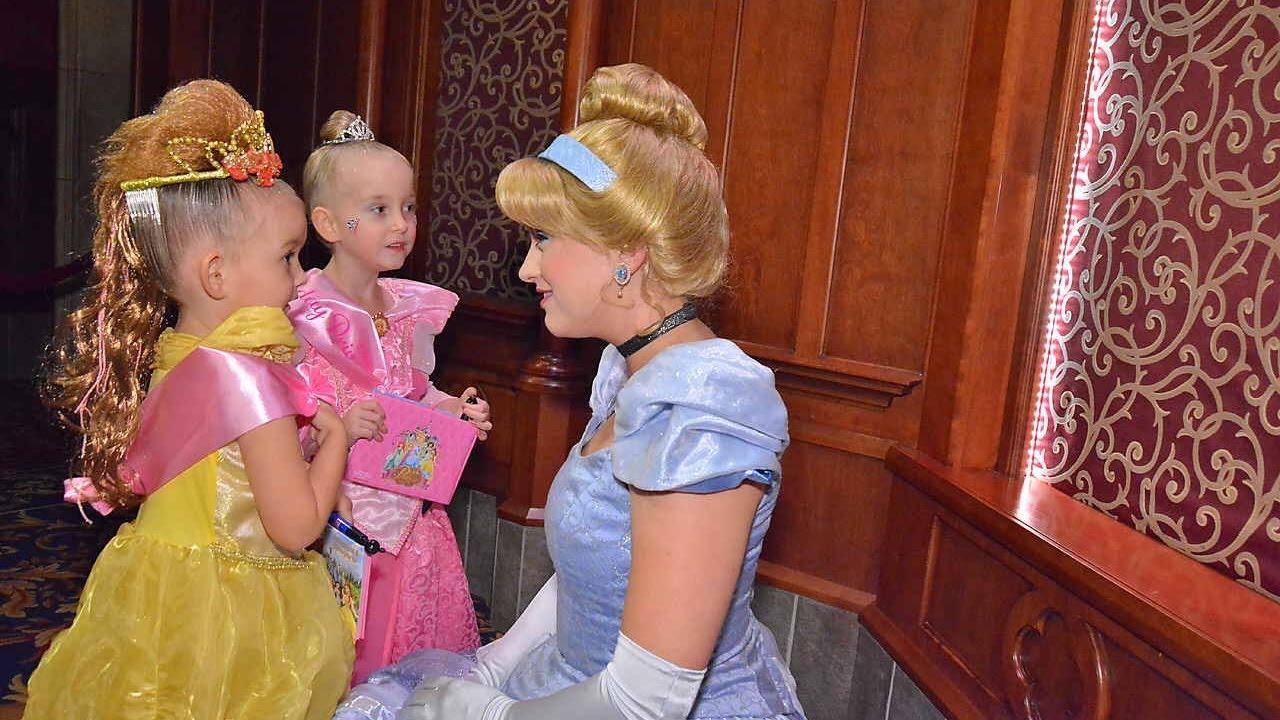 Princess cinderella meet and greet disneyland ca 2016 youtube princess cinderella meet and greet disneyland ca 2016 m4hsunfo