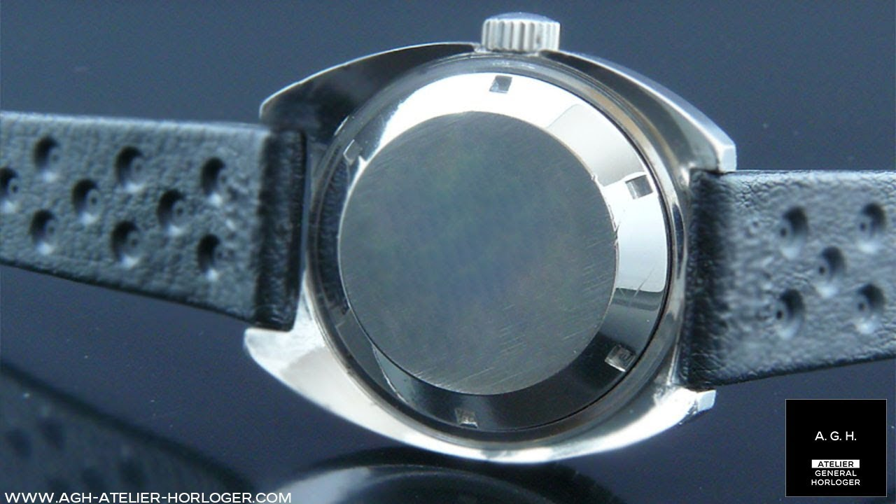 Changement de pile sur une montre à fond clipsé