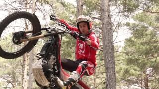 Video Toni Bou tests the Montesa Cota 300RR. download MP3, 3GP, MP4, WEBM, AVI, FLV Oktober 2017