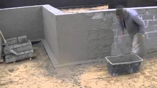 tynkowanie i izolacja fundamentu