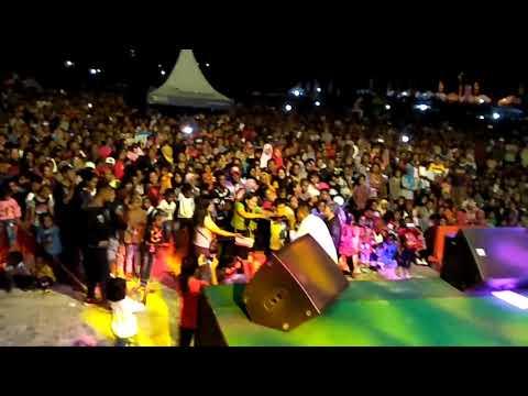 Bunga Cendrawasih - Pieter Saparuane | Fakfak (Live Konser)