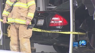 Car crashes into Chesapeake post office.