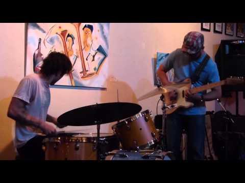 Shiner (Jon Bafus & Ross Hammond) 7-28-14 Nebraska Mondays