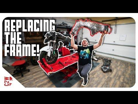 Time to swap the motorcycle frames! [Wrecked Bike Rebuild - S2 - Ep 08 - Ninja ZX-10R]