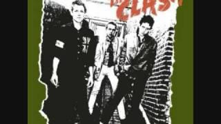 Police & Thieves - Junior Murvin vs. The Clash