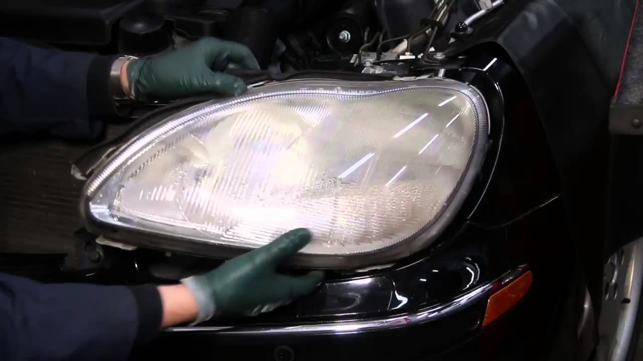 mercedes w220 s500 s430 headlight removal and replacement youtube rh youtube com Sealed Beam Headlight Wiring Diagram Auto Headlight Wiring Diagram