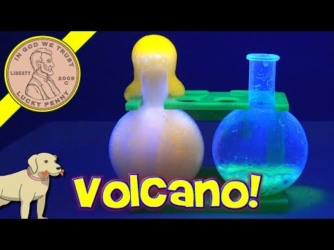 Totally Gross Experiments - Stinky Balloons - Stinky Bubbles - Glowing Gross Volcano