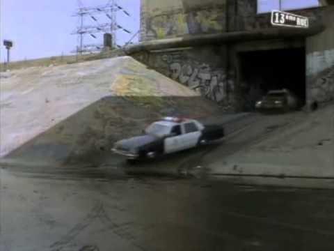L.A. Heat - S01E02 Scene 3