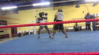 Tay Jones Sparring session