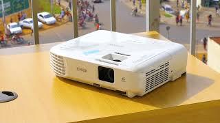 EPSON EB S05 Projector( IHAHA Technologies )