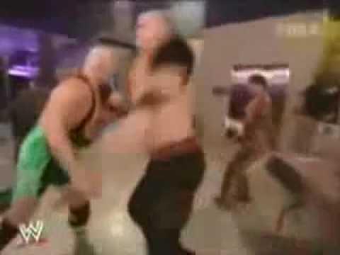 Finlay Throws Coffee At Kane!
