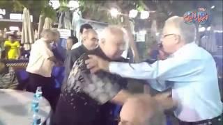 خالد جبر يقدم التهنئة لاعبى الزمالك القدامى فى احتفالية بطولة الدورى