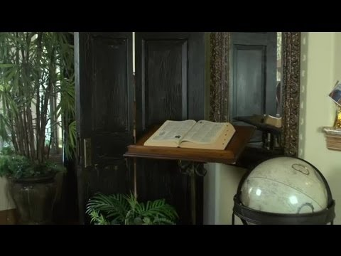 How To Use An Old Door For Decorating Home Design Ideas Youtube