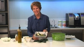 Quick Kale Recipe: How To Make A Fresh Kale Salad In 5 Minutes | Herbalife Recipes