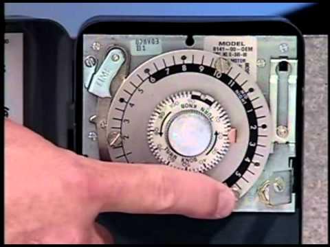 True® MFG - Defrost Time Clock - YouTube
