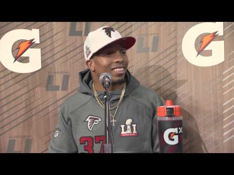 Panini Super Bowl Kid Reporter Joseph Perez Interviews the Atlanta Falcons