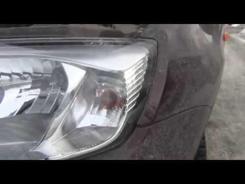 Ремонт Ларгуса   Замена лампы H4 в фарах на LADA Largus практика
