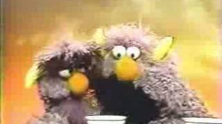 Classic Sesame Street - The 2-headed Monster on manners