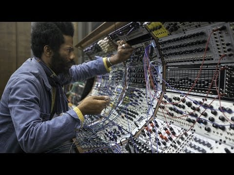 Robert Aiki Aubrey Lowe | Resonance | Performance | Exploratorium