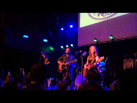 The Lone Bellow - Fake Roses (Old Rock House, St Louis MO - 03/08/2015)