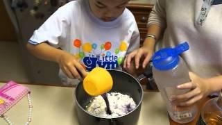 Repeat youtube video ครูบัวสอนทำแป้งโดว์ Cooked Play dough