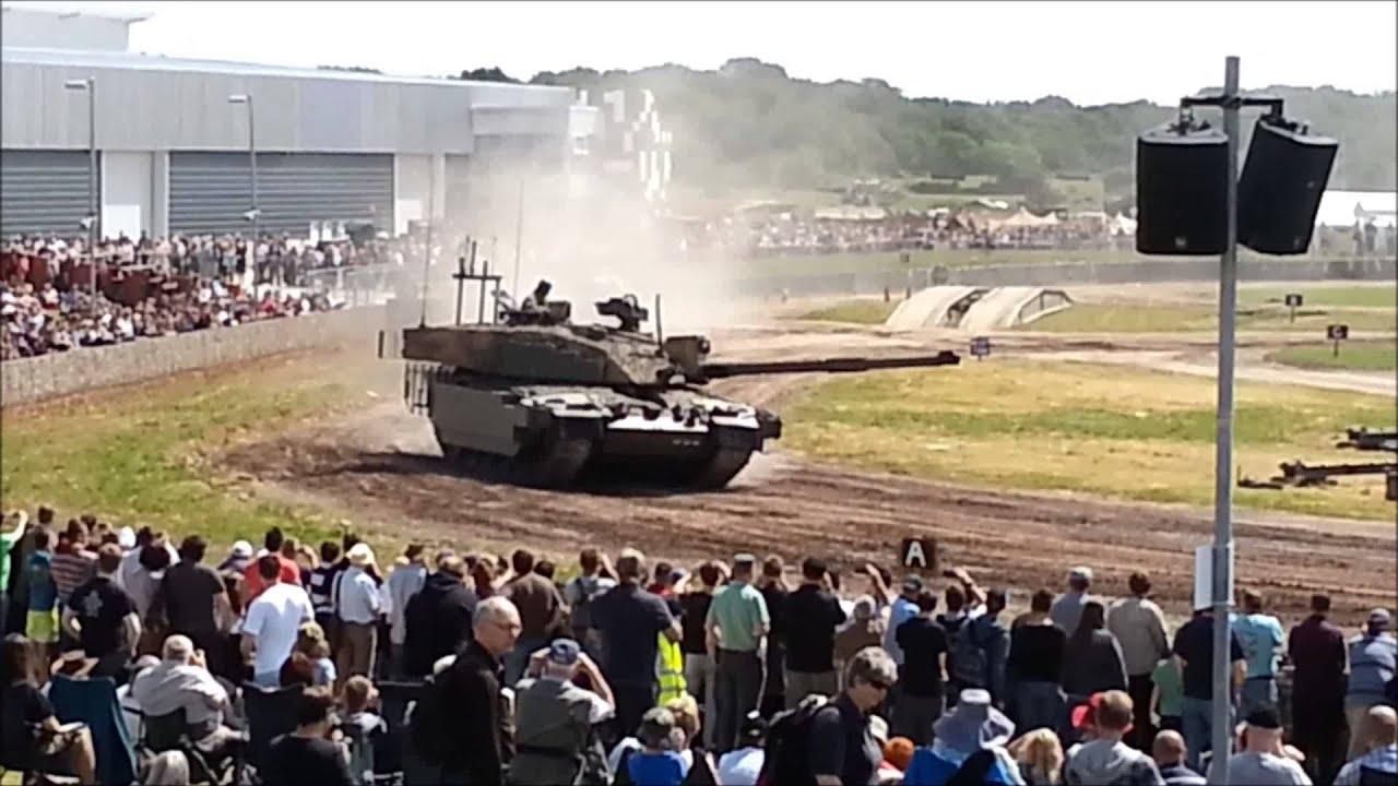 827ed38b2d50 Tankfest 2013 Challenger II tank on show - YouTube