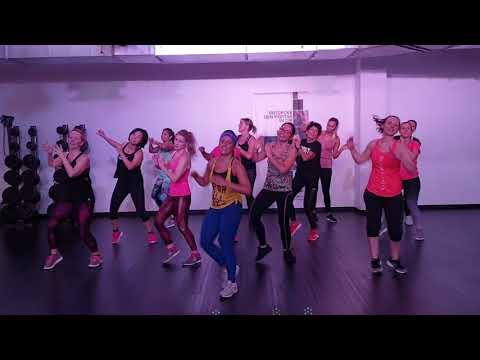 Vivir Mi Vida - Marc Anthony (Zumba Lisi's Chicas) [Salsa]