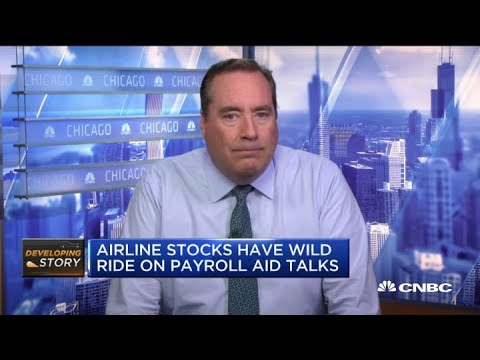 Stocks rally, with the Dow up 400 points as Trump urges airline aid