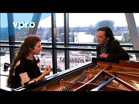 Sofja Gülbadamova - Interview (Live @ Bimhuis Amsterdam)